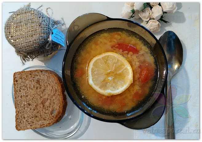 Чечевичный суп с томатами, фото