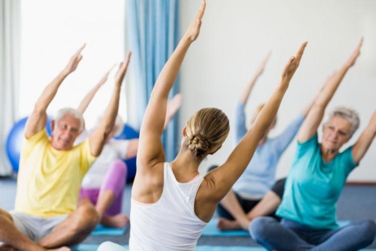 Фитнес в зрелом возрасте сохраняет разум